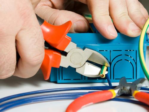 Sửa chữa điện tại nhà quận 2