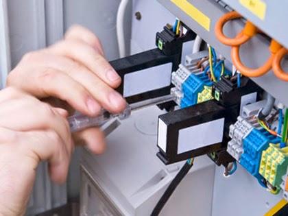 Sửa chữa điện tại nhà quận 5 - Chuyên sửa máy bơm nước - Đường ống nước Hotline 0903.181.486