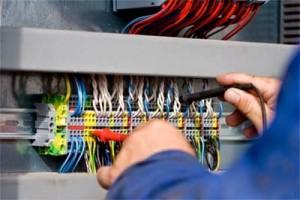 Sửa chữa điện tại nhà quận 7 - Dịch vụ sửa điện tại nhà có mặt sau 15 phút khi khách hàng gọi 0903.181.486