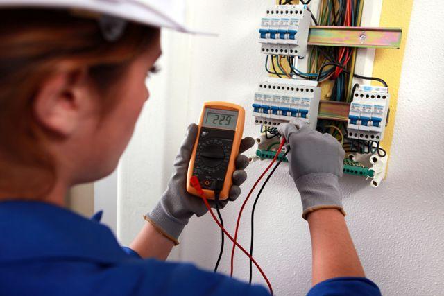 Sửa chữa điện tại nhà quận thủ đức - Sửa chữa thiết bị vệ sinh - Đường ống nước - Máy bơm nước tại nhà LH:0903.181.486