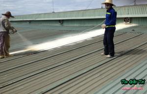 Dịch vụ chống dột mái tôn quận 3