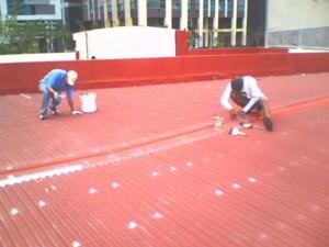 Dịch vụ chống dột mái tôn quận tân phú