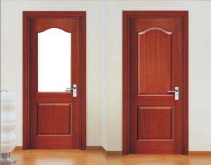 chuyên nhận sơn cửa gỗ chất lượng
